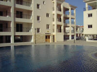 - view of the pool.